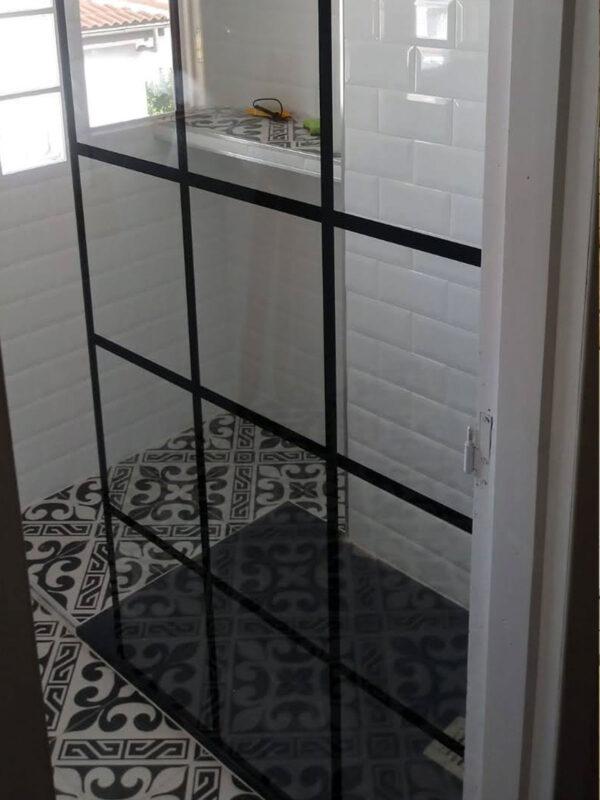 Mampara de ducha.